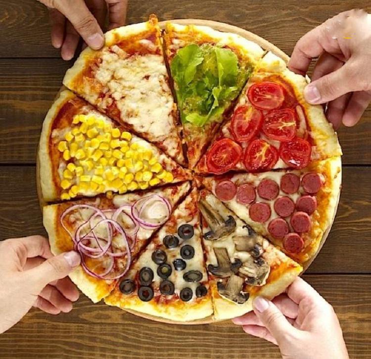 پیتزا با گوجه گیلاسی