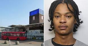 حمله به اتوبوس مسافران با چکش