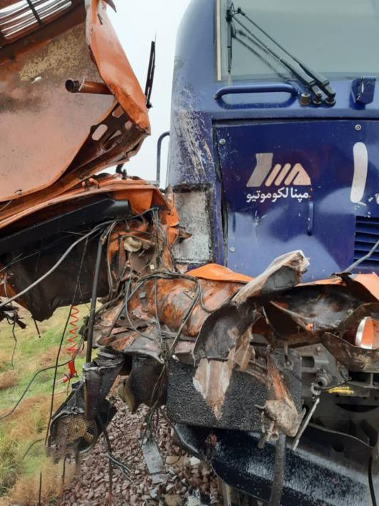 برخورد قطار با کامیون