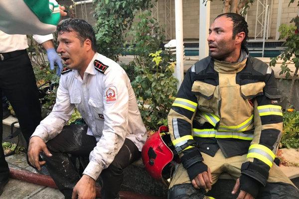 مصدومان آتش سوزی یک واحد مسکونی در قزوین به ۱۸ نفر رسید