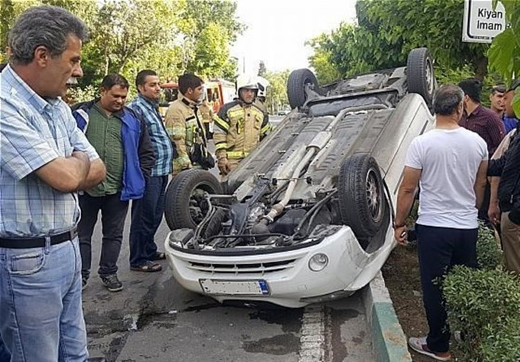 واژگونی تیبا در شهرک کیانشهر