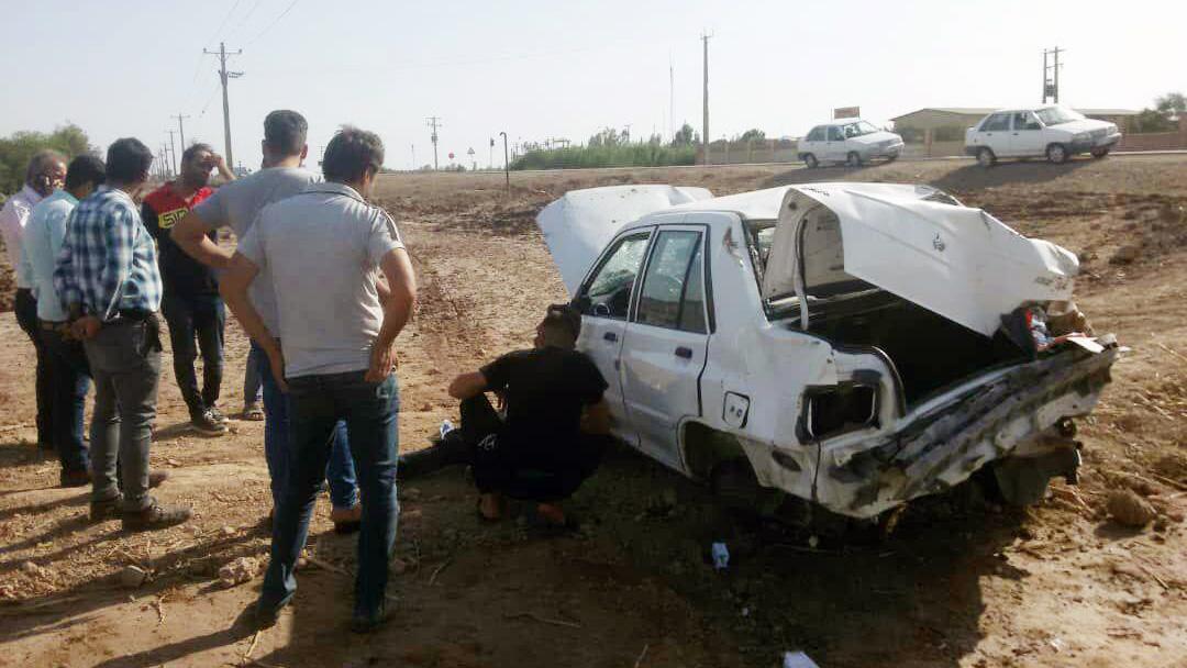 واژگونی خودروی کمک به سیل زدگان