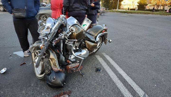 برخورد مرگبار موتورسیکلت با خودروی سواری در تقاطع