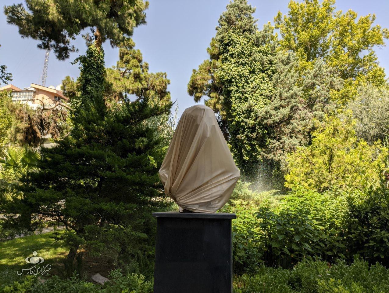 مجسمه سلیمانی