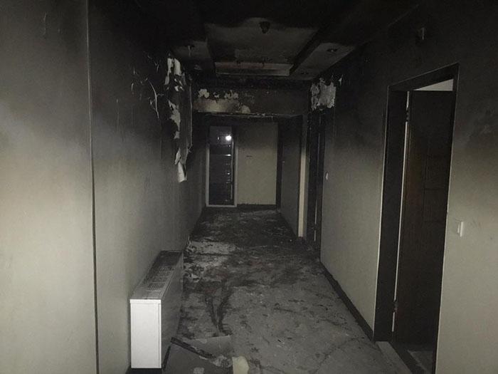 آتش سوزی خیابان جمهوری (2)