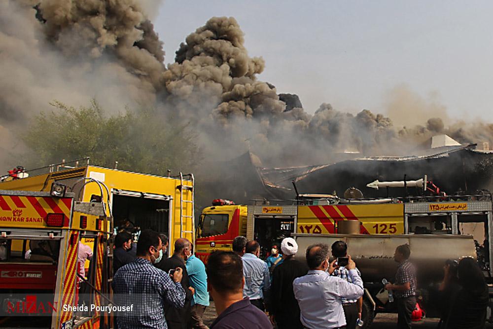 آتش سوزی در پاساژ پردیس کیش