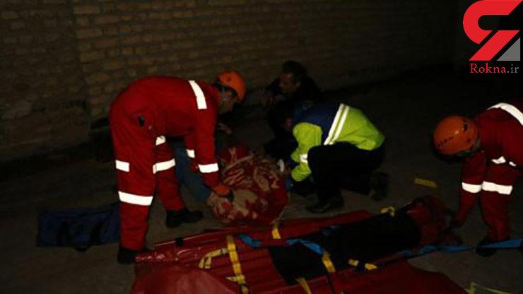 سقوط زن جوان از پشت بام ساختمان 2 طبقه در مشهد