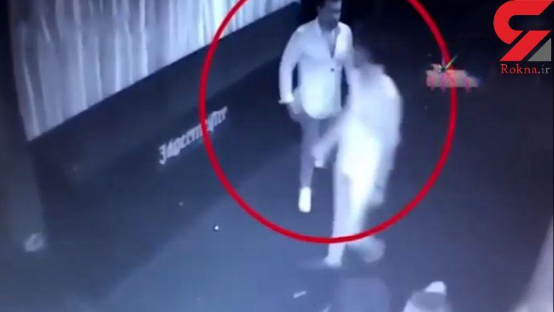 قتل ناجوانمردانه پسر جوان به خاطر یک دختر در خیابان+ فیلم و عکس