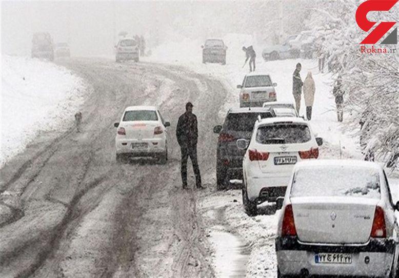 برف شهرهای گیلان را درگیر کرده است + فیلم