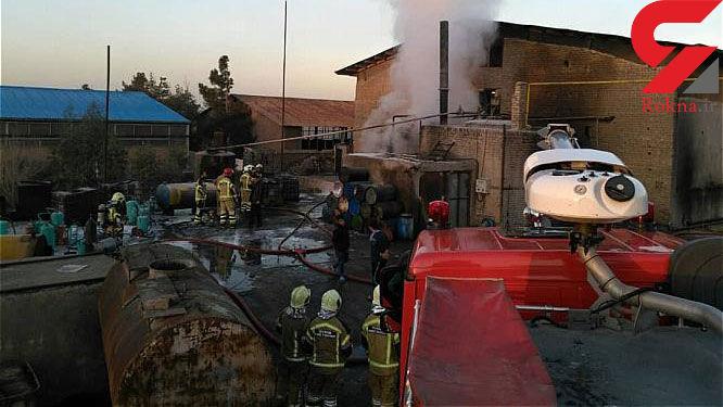 مخزن بزرگ یک کارخانه تصفیه روغن سوخته آتش گرفت + عکس