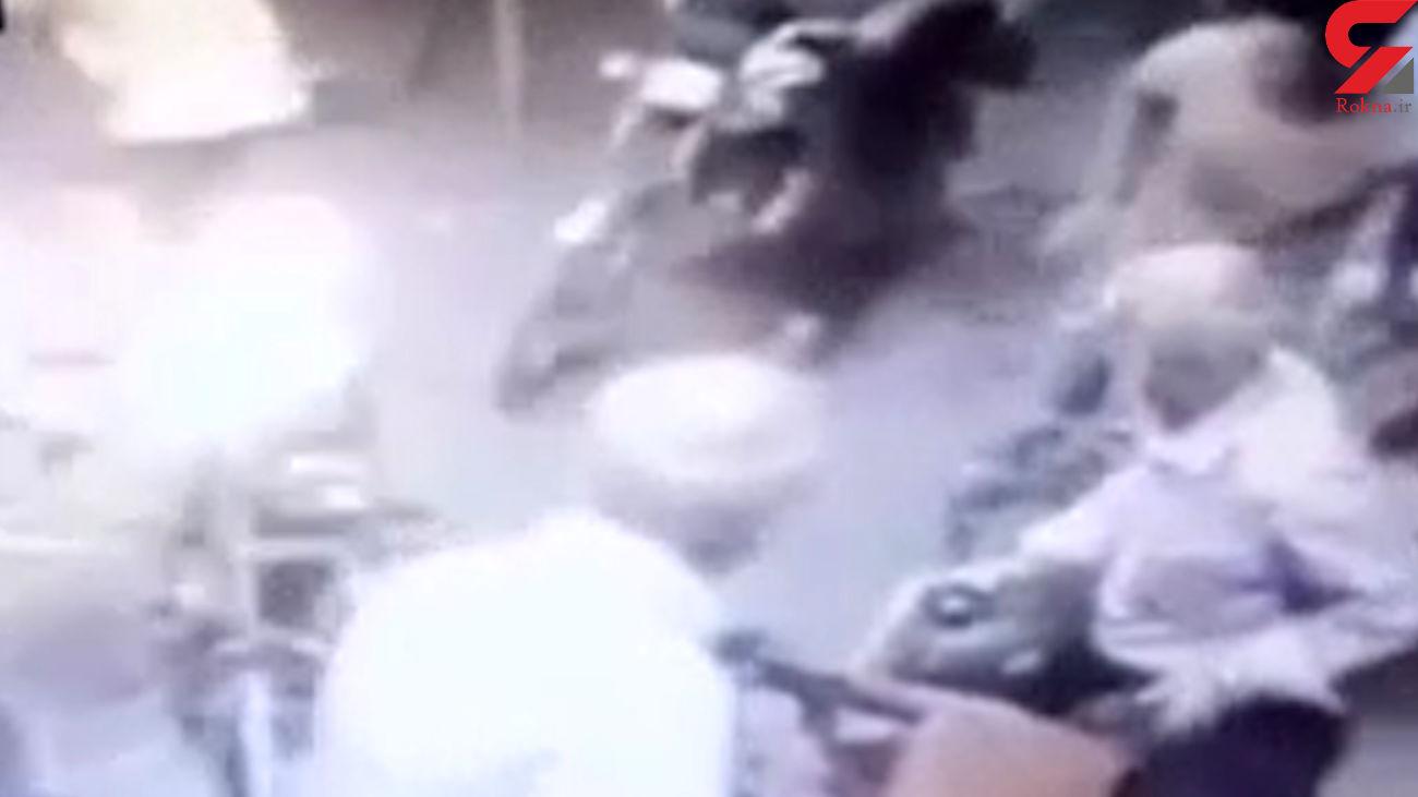 فیلم لحظه انفجار در پمپ بنزین نهاوند