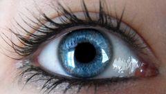 تغییر رنگ چشم با نسخه های طبیعی