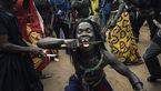 مراسم عجیب و ترسناک مردان سنگالی برای نمایش قدرت +عکس  18+