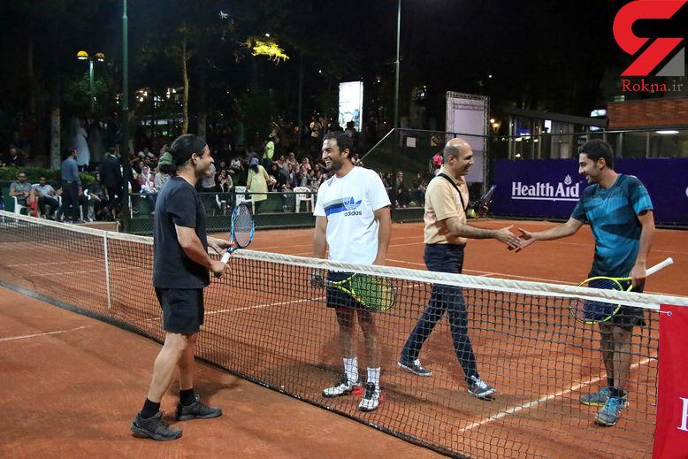 مسابقه هیجان انگیز تنیس جام رمضان بین دو ستاره معروف +عکس