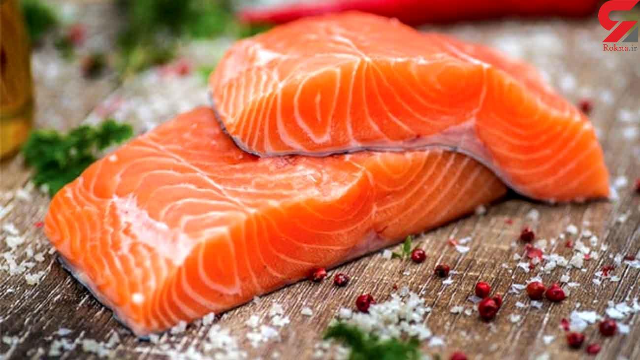 ماهی سالمون را خام نخورید
