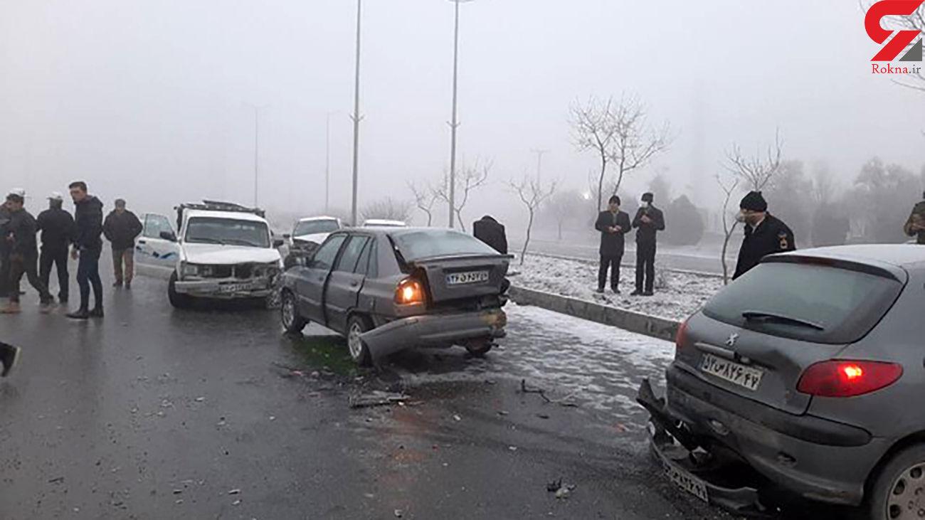تصادف وحشتناک 20 خودرو در اراک