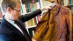 حراج کت قدیمی دانشمندی که هنوز بوی صاحبش را می دهد+عکس