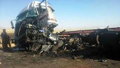 ۵ کشته و مصدوم در حادثه رانندگی محور ازنا - شازند+تصاویر