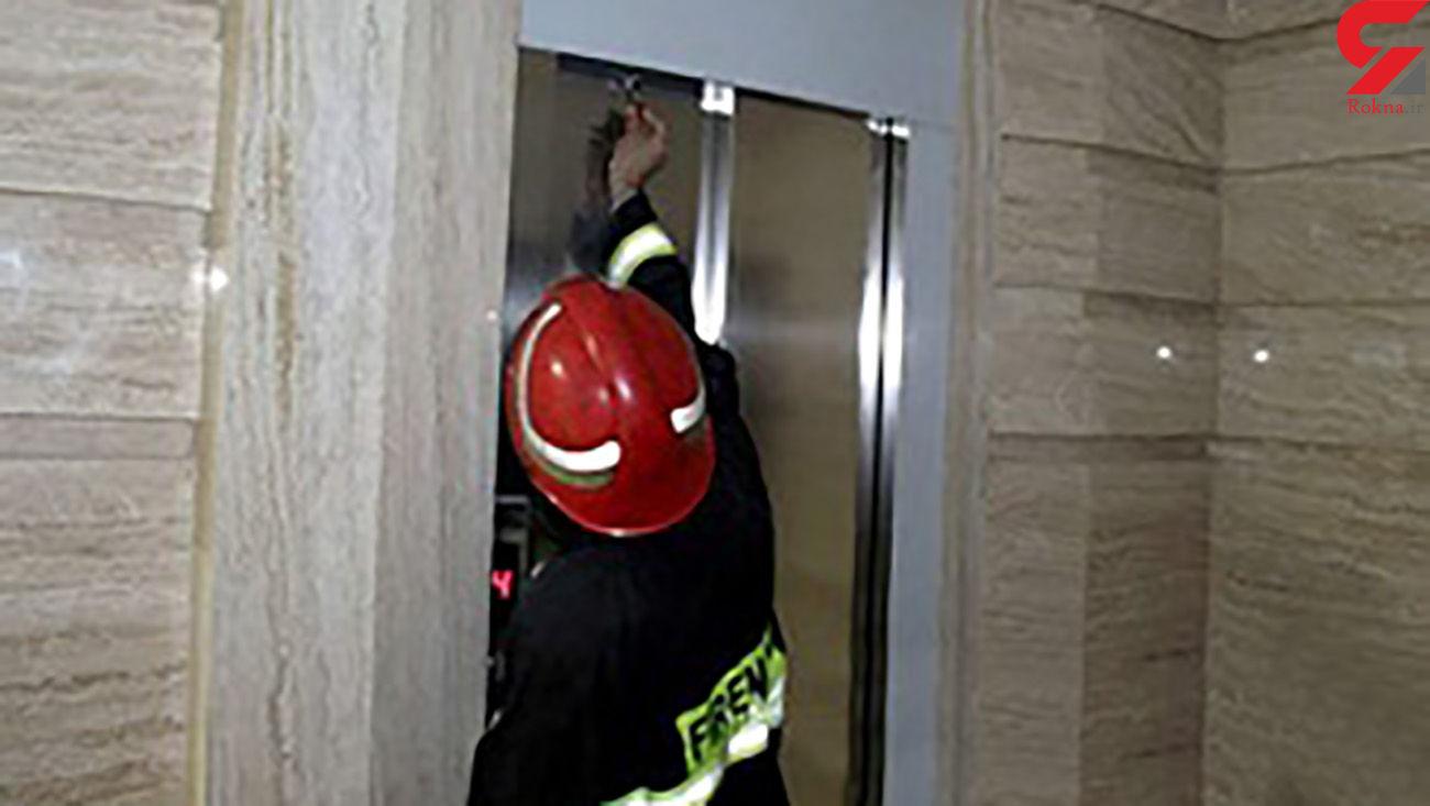 سقوط مرد جوان به داخل چاهک آسانسور در سپاهانشهر