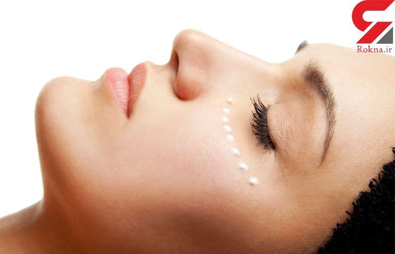 چه عواملی پوست دور چشم را پیر می کند