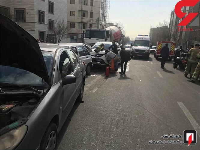 عکس های دلخراش از تصادف زنجیره ای در خیابان ستارخان تهران