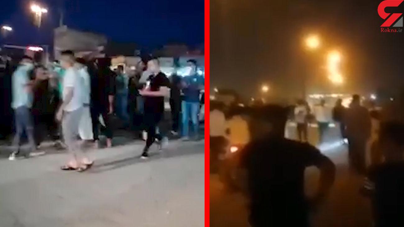فیلم تجمع اعتراضی شبانه در خرمشهر به خاطر قطعی برق + جزئیات