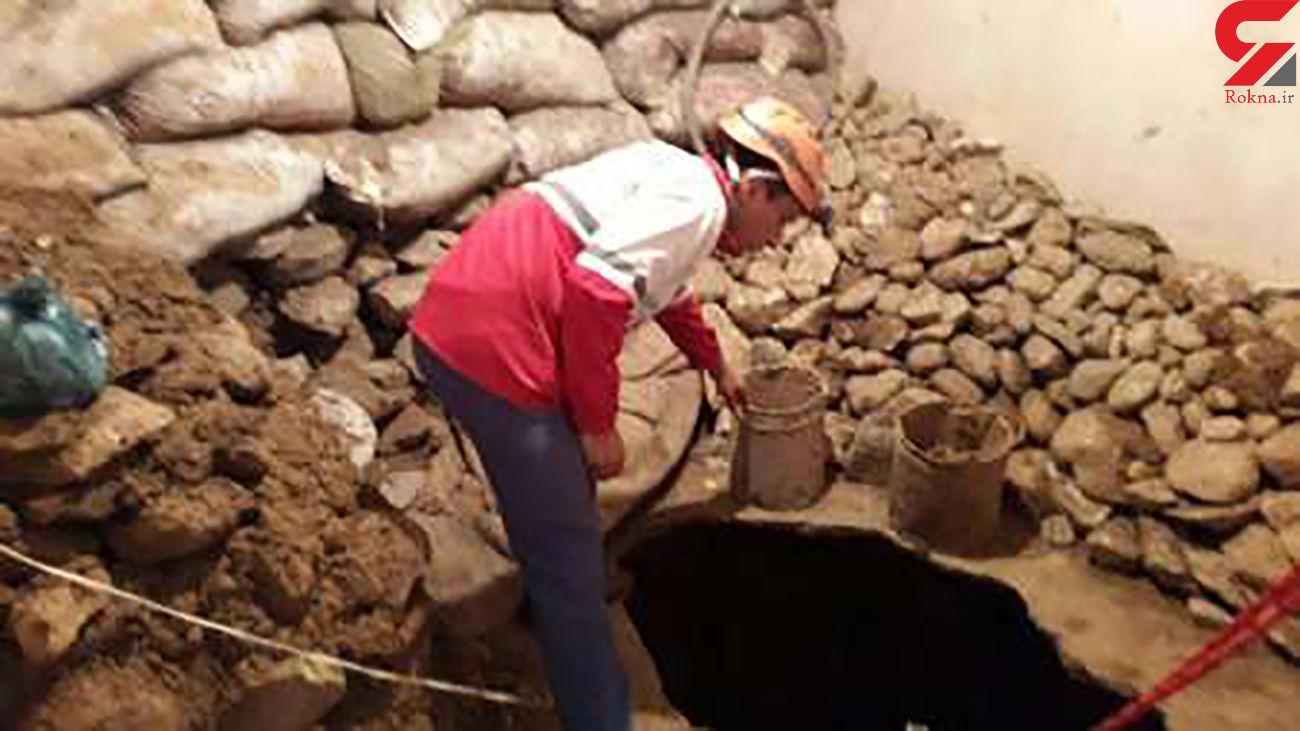 خارج کردن 4 جسد از تونل در گیلانغرب / آنها زنده زنده دفن شدند