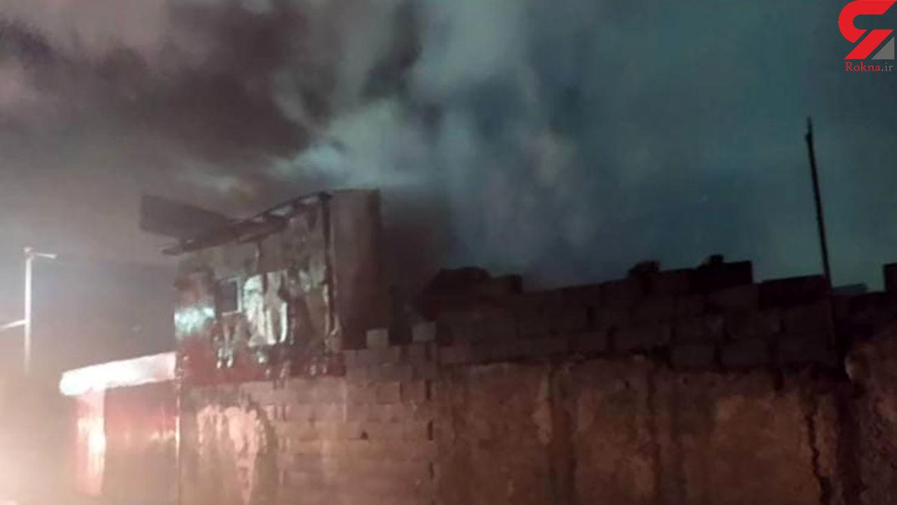 فیلم آتشسوزی مغازه چوب بری در رشت