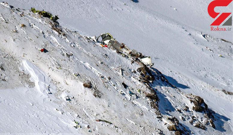 عملیات جست و جو به علت شرایط بد جوی متوقف شد/ 3 متر برف در محل سقوط هواپیمای آسمان !