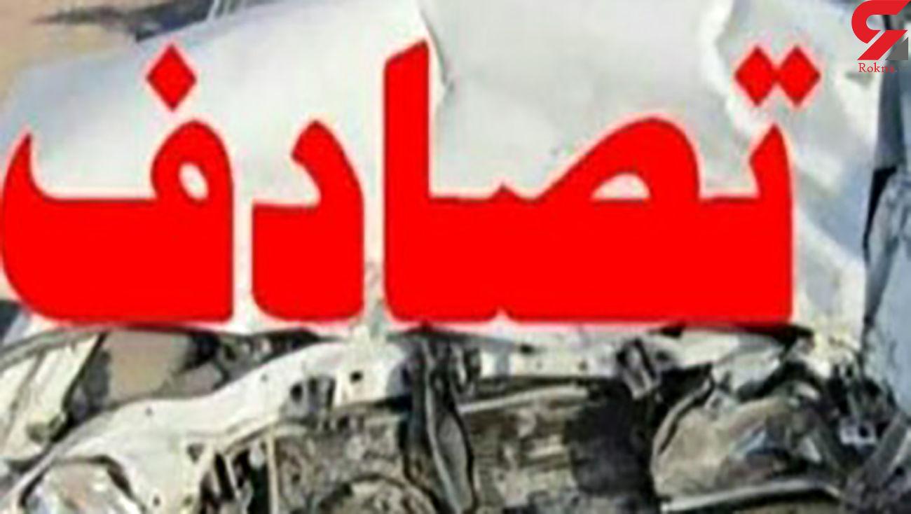 یک مصدوم در تصادف تریلر با پیکان در خمینی شهر