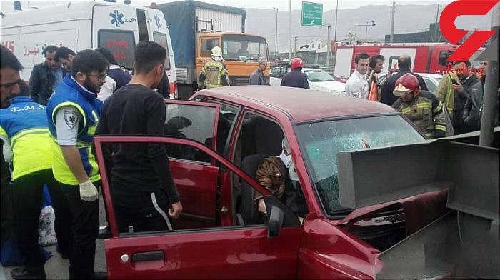 تصادف خودرو سواری با تانکر چهار مصدوم داشت