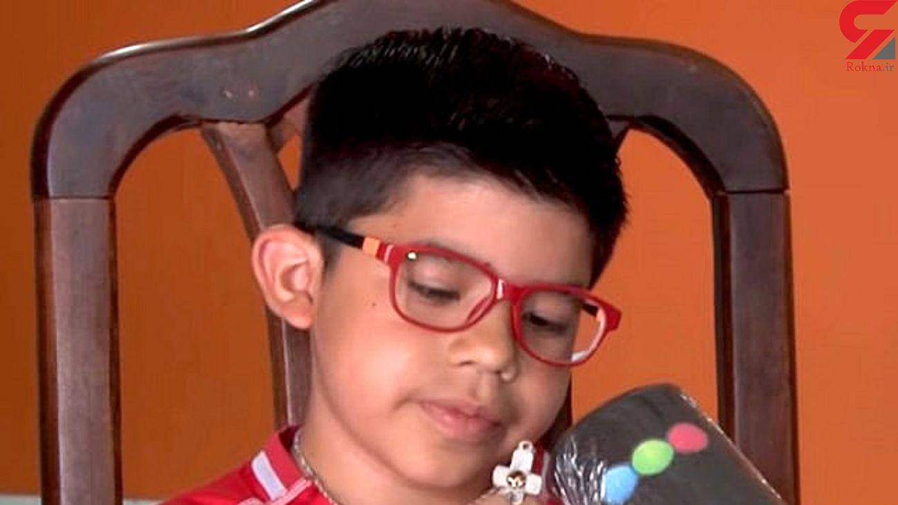 گردنبندی که کودک 9 ساله را از تیراندازی نجات داد + عکس