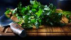 مبارزه با بوی بد دهان با این سبزی معطر