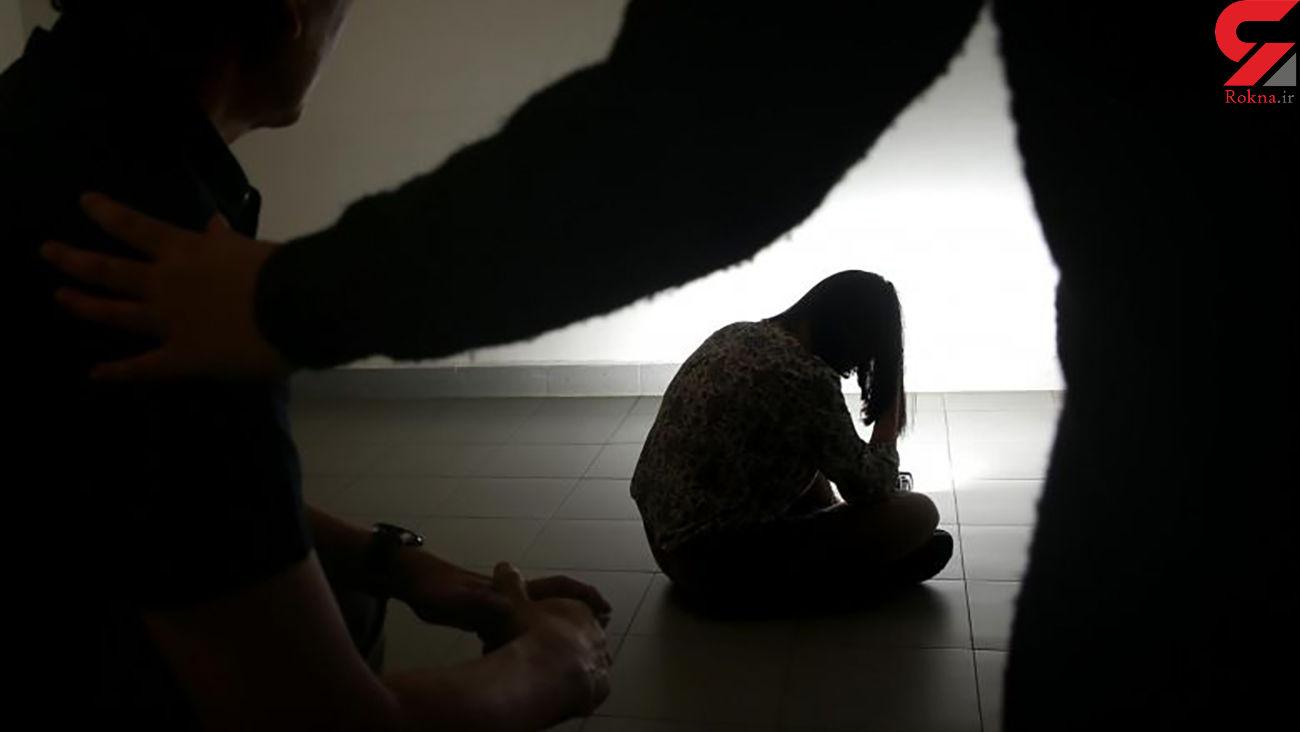 مادرم با رفتارهای ناجورش شرایطی را فراهم کرد که به دام مهرداد افتادم