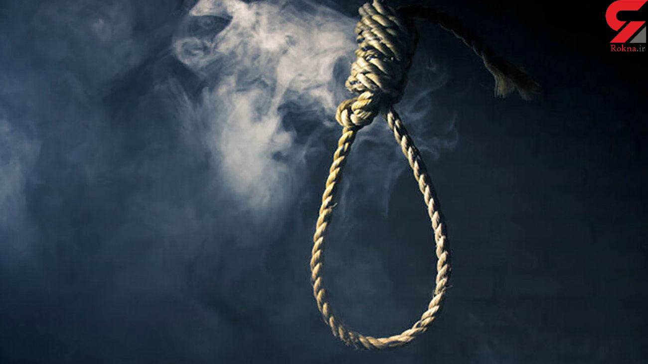 اعدام غلامرضا- ق در سحرگاه زندان مشهد