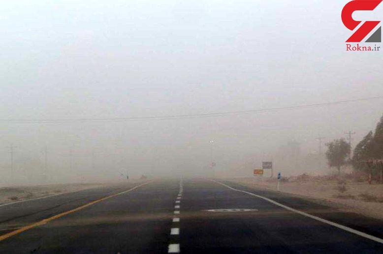 طوفان شن جاده ترانزیت ریگان - چابهار را مسدود کرد