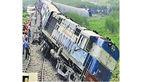 خروج مرگبار قطار کنگو از ریل + عکس