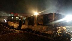 فراخوان پزشکی قانونی از خانواده جانباختگان تصادف اتوبوس نطنز _ بادرود