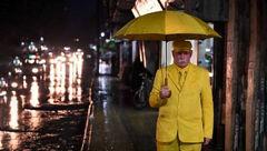 ماجرای باورنکردنی زندگی مرد 68 ساله با رنگ زرد ! +عکس