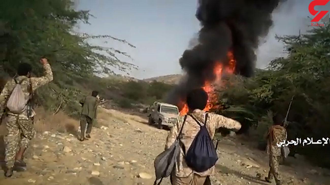 آتش زدن خودروهای نظامی سعودی + فیلم