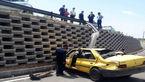 تصادف شدید پژو با کامیون در آزادگان