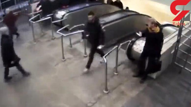 فیلم لحظه سرقت حرفه ای در ایستگاه مترو / روسیه