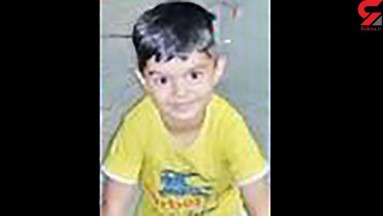 مرگ تلخ پسر ۴ ساله تهرانی مقابل چشمان پدر + عکس