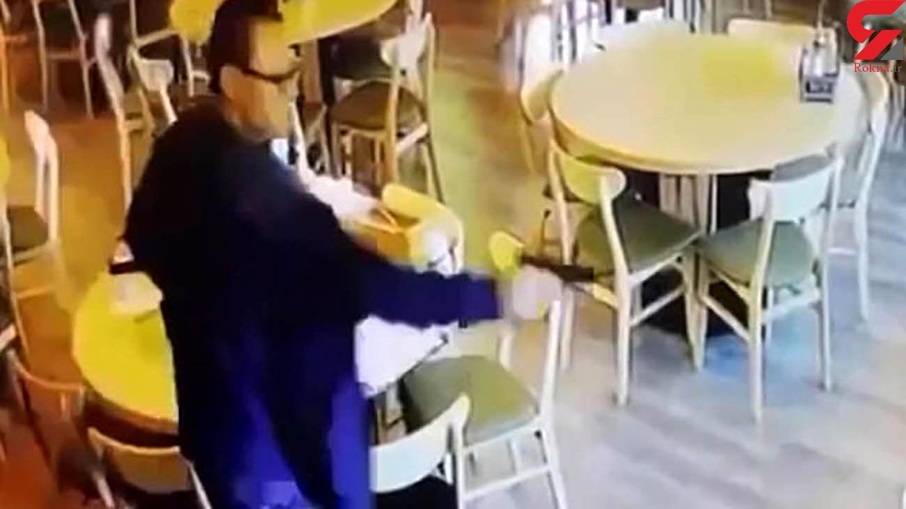 فیلم لحظه قتل زن شوهردار با مرد غریبه در رستوران