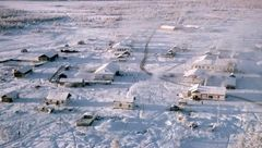 مژه های تان از سرما در این روستا یخ می زند+عکس