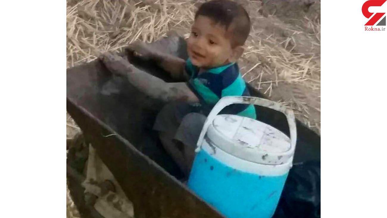 حفاظت سگ ها از پسربچه گمشده در تاریکی شب جنگل گالیکش + فیلم گفتگو با پدر سردار کوچولو