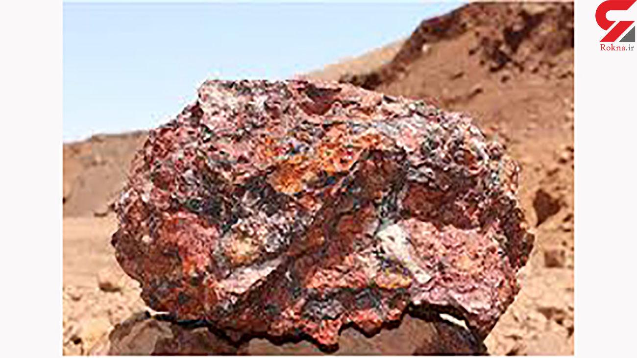 کشف بیش از 2 تن سنگ معدن قاچاق در اسفراین