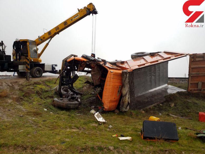 مرگ وحشتناک راننده کامیون در تصادف با قطار