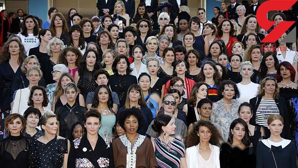 اعتراض نمادین زنان به نانبرابری جنسیتی روی فرش قرمز کن