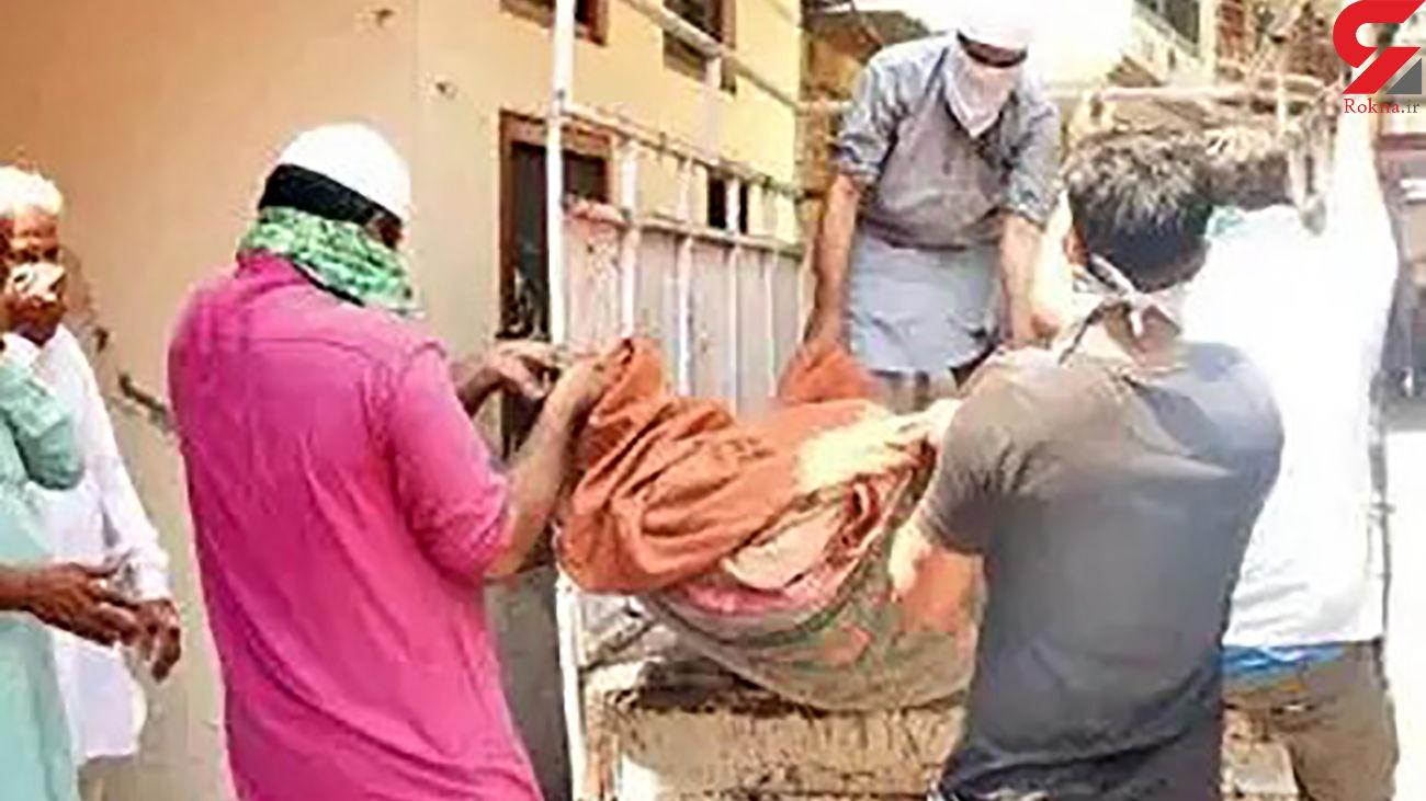 بازداشت 2 خواهر بالای جنازه مادر + عکس